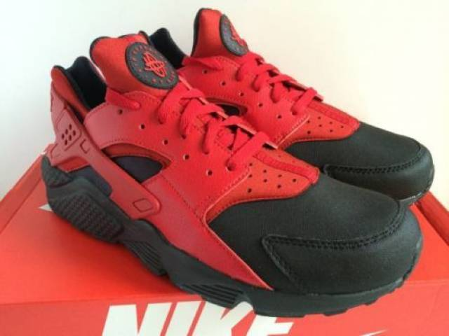 nike air huarache black gym red breds baby kixify. Black Bedroom Furniture Sets. Home Design Ideas