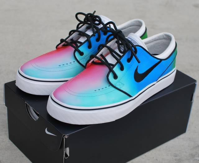huge selection of 6cedf b5880 Tie Dye Nike SB Stefan Janoski - Hand Painted Made-To-Order
