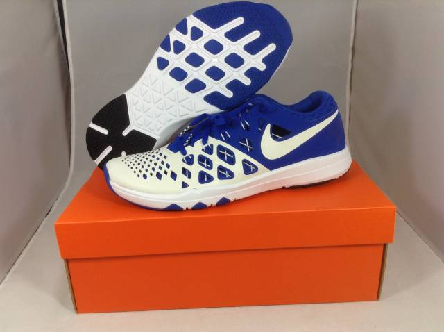 low top basketball shoes 2016 nike train speed