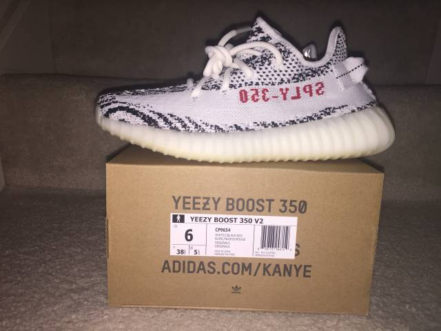 Men Yeezy Boost 350 V2 Zebra Resale Value Gold