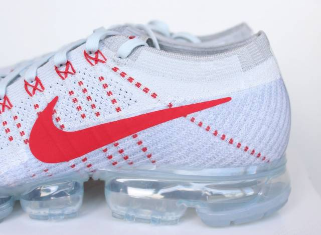 6eb5196d152 Nike Air VaporMax Pure Platinum University Red