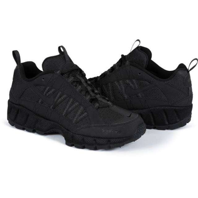 4fad77976813 Supreme x Nike Air Humara Black