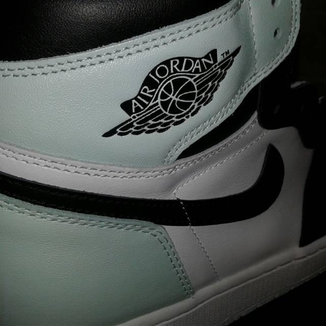 more photos db650 5df6a Nike Air Jordan 2 Retro Low White/unvrsty Bl Mid Nvy | CTT