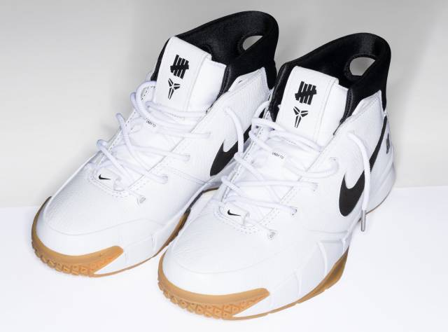 UNDEFEATED x Nike Zoom Kobe 1 Protro In WhiteGum