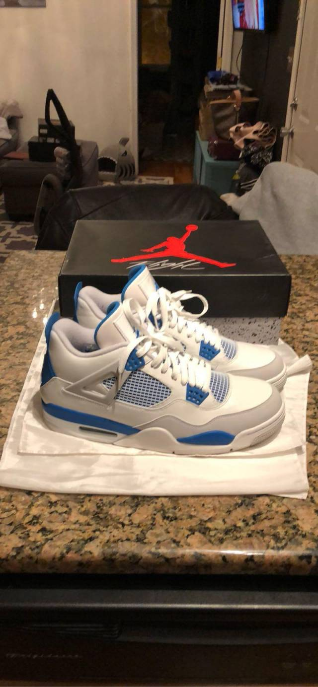 online store 96b56 4cb4f Air Jordan Military Blue 4's Size 11.5