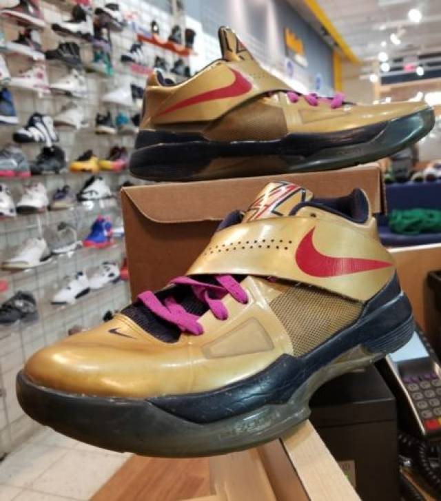 reputable site 04722 c9cb7 Nike Zoom KD IV 4 GOLD MEDAL Size 8.5 Basketball Sneakers Durant