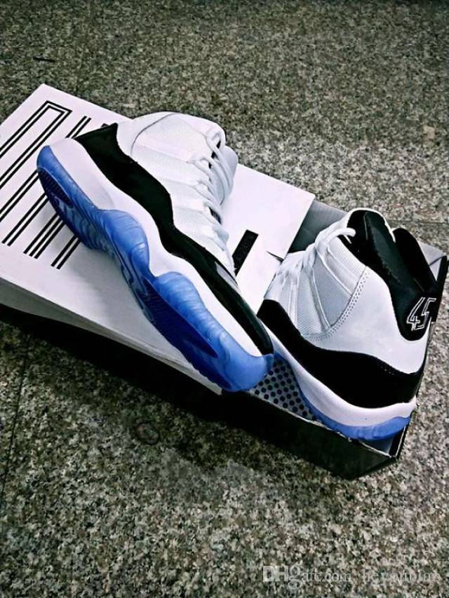 sports shoes 0f59b ed220 Air Jordan 11 Concord 2018