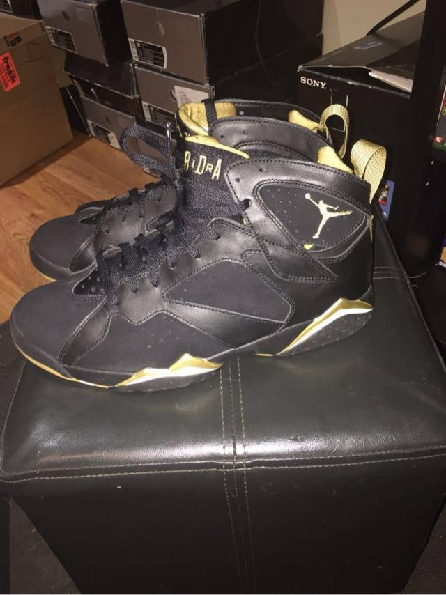 pretty nice cf044 581f7 Air Jordan Golden Moment Pack