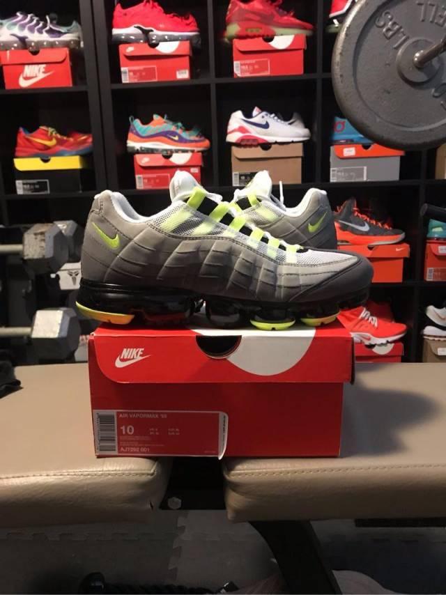 huge discount 7fb51 8bca0 Nike Air Vapormax 95 Og Neon