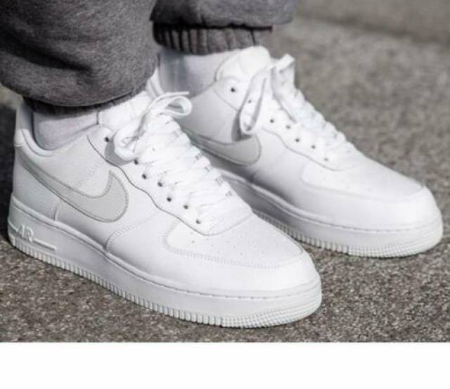 Nike Air Force 1 07 Su19 Trainer White Size 8 9 10 11 1...