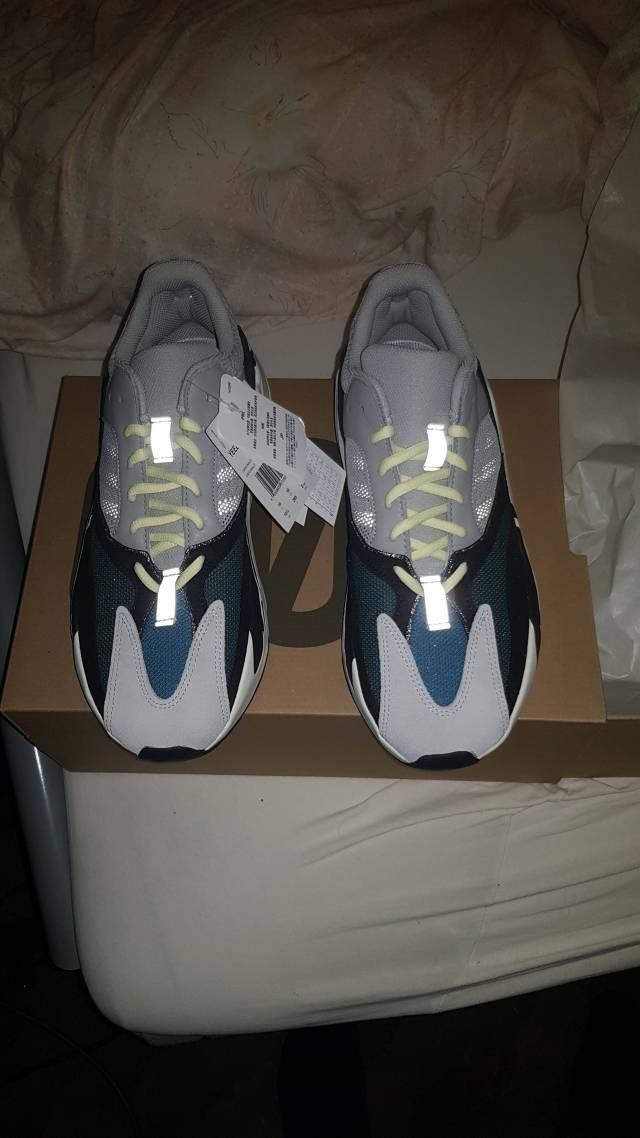 retro 4 grey blue | Yeezy 700 wave