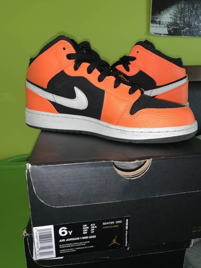 Air Jordan 1 GS Orange/Black size 6
