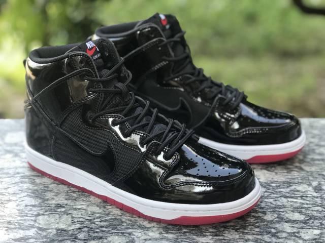 Nike SB Dunk High Bred SHOES