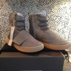 Adidas yeezy 750 light grey  gum