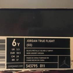 Jordans true flight 6y