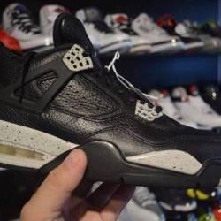 Jordan 4 oreo size 10.5 and 13...