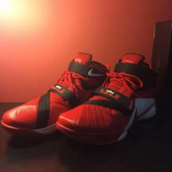 Nike lebron soldier 9