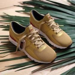Nike air max zero metallic gol...
