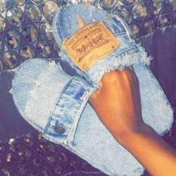 Jean slides
