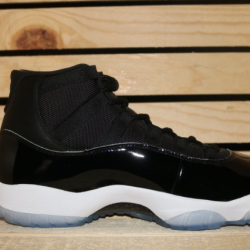 Air jordan retro 11 space jam