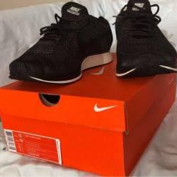 Nike flyknit racer black black...