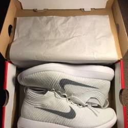 Women's (8) nike roshe two f...