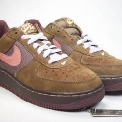 Nike air force one brown blue