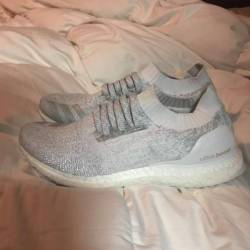 Ultra boost uncaged triple whi...