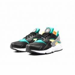 Nike air huarache black emeral...
