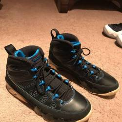 Retro 9s photo blue