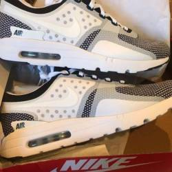 Nike air max zero essential  oreo