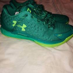 Under armour curry one low - g...