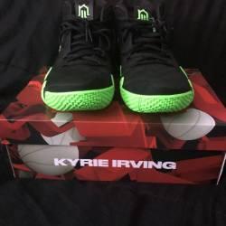 Nike kyrie 4 halloween deadstock