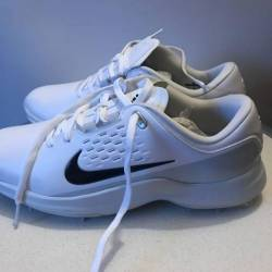 New nike tw golf cleats size 9.5