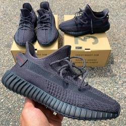 Yeezy boost 350 v2 black refle...