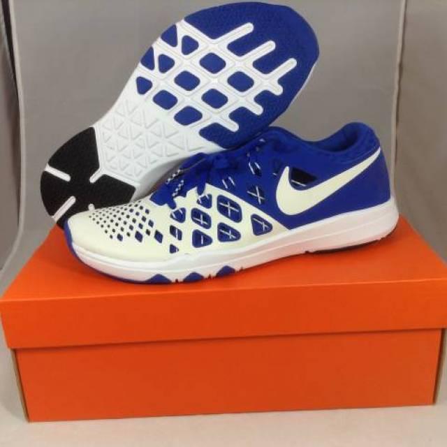 2117f9893348 Nike Train Speed 4 Amp Kentucky Wildcats UK